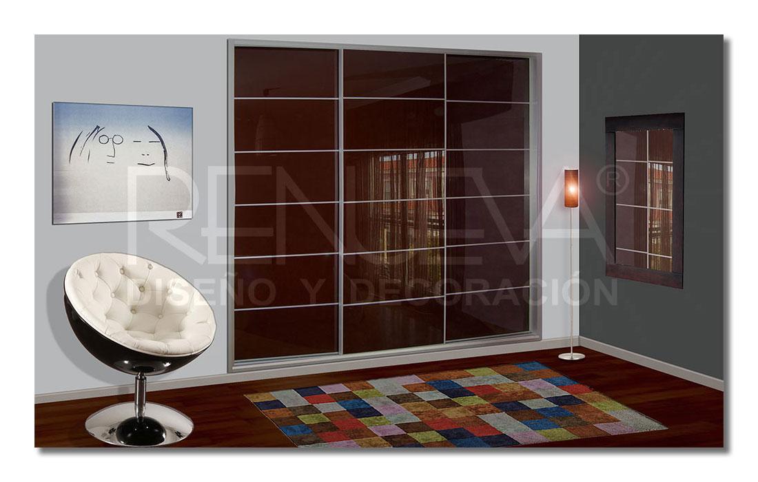 Armario de puertas correderas de vidrio lacado color - Modelos de puertas correderas ...